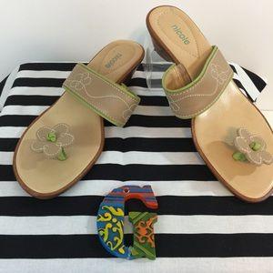 Nicole Wonder Sandals Size 7.5M